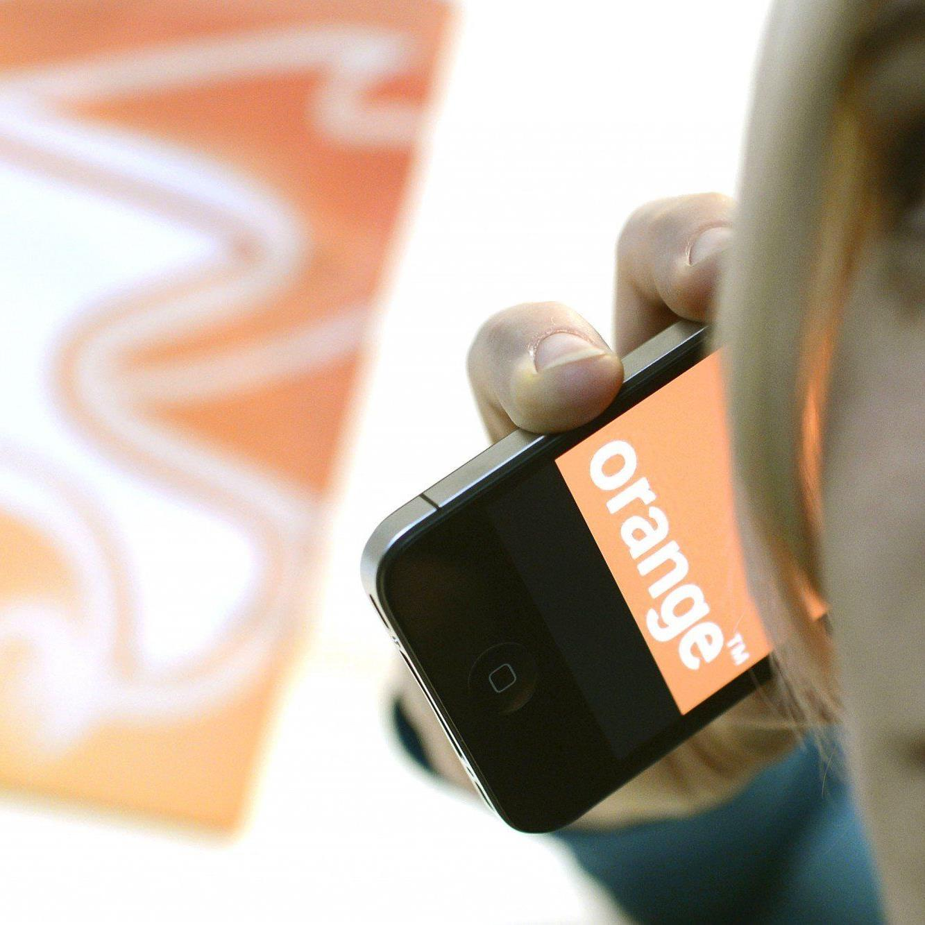 """Nach der Übernahme von """"Orange"""" hat """"3"""" 3,4 Millionen Kunden"""