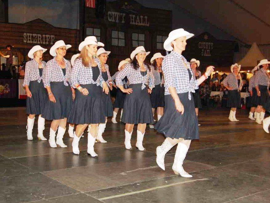 """6 Jahre """"rauchten die Boots"""" beim Country-Festival im Montafon, dieses Jahr findet das Festival nicht statt."""