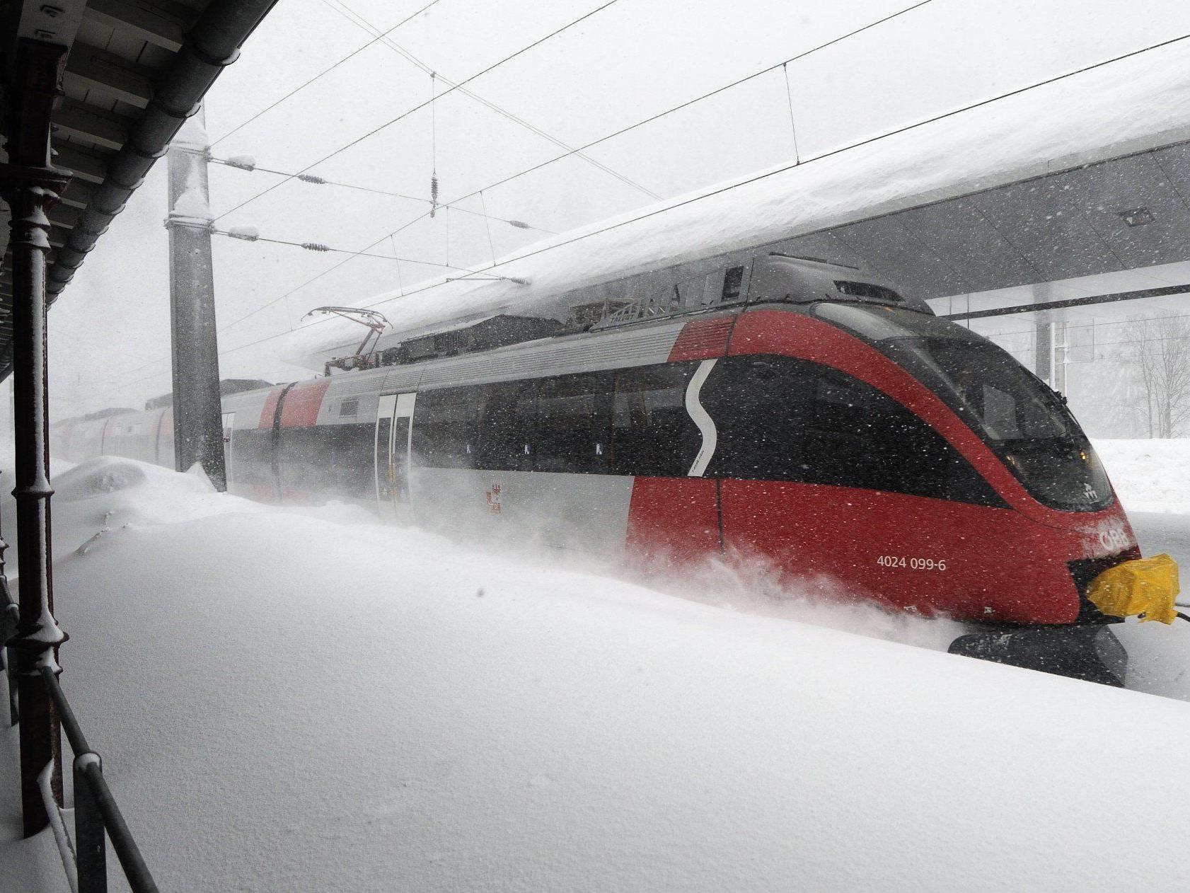 Winterwetter - Adriatief brachte Süden Probleme mit Strom und Verkehr