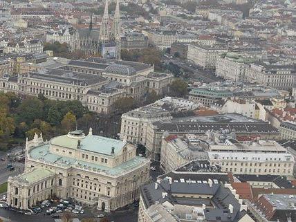 """Burgtheater - """"In keiner Weise in seiner Existenz gefährdet"""""""