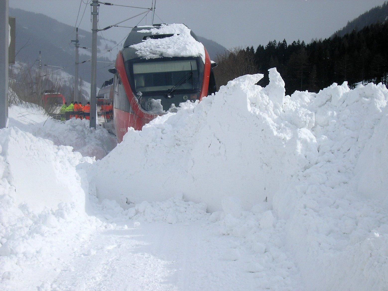 Winterwetter - Stromausfälle und Verkehrssperren in der Steiermark