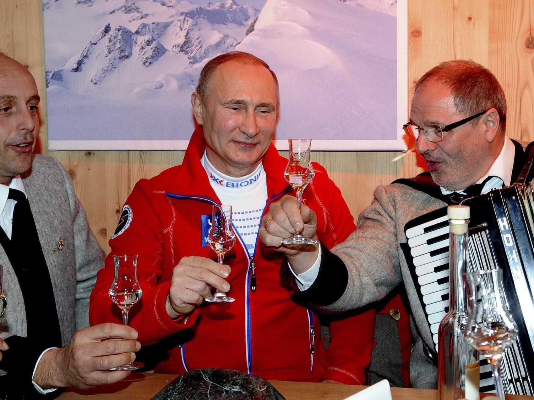 """Putin zu Gast im """"Austria Tirol Haus""""."""