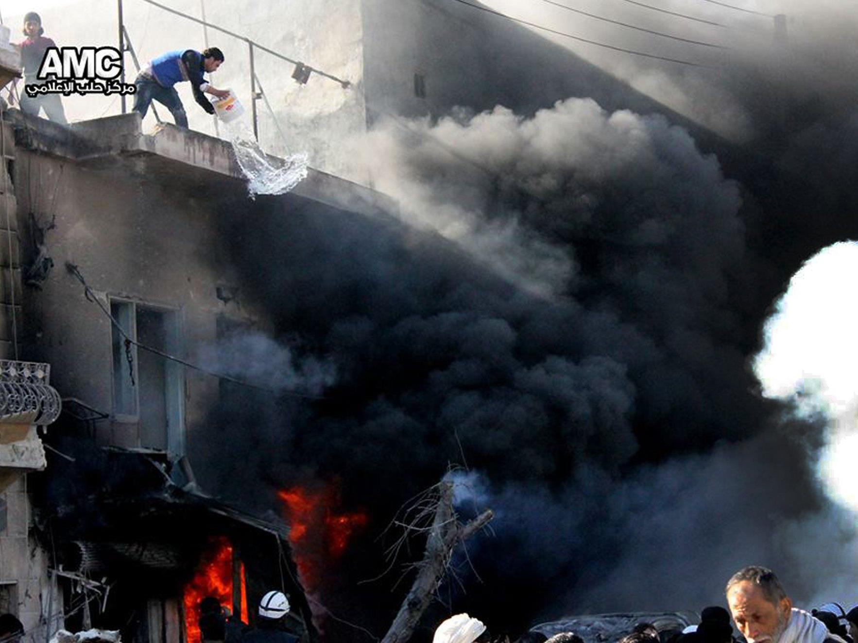 Mindestens 13 Kinder tot - Syrische Luftwaffe setzte wieder Fassbomben ein.