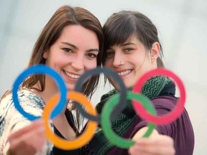 Cosima und Maren (beide 26) aus Dornbirn sind ein Paar und werden im August heiraten – dazu müssen sie jedoch nach Norwegen. Am Beispiel von Sotschi sieht man, dass Homophobie und Diskriminierung aktueller sind denn je.
