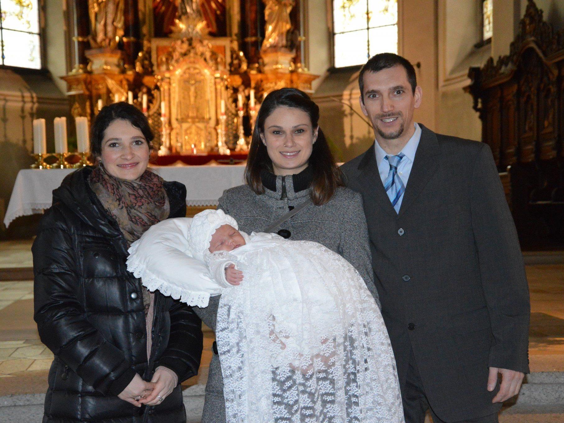 Leon Noel Almberger wurde getauft