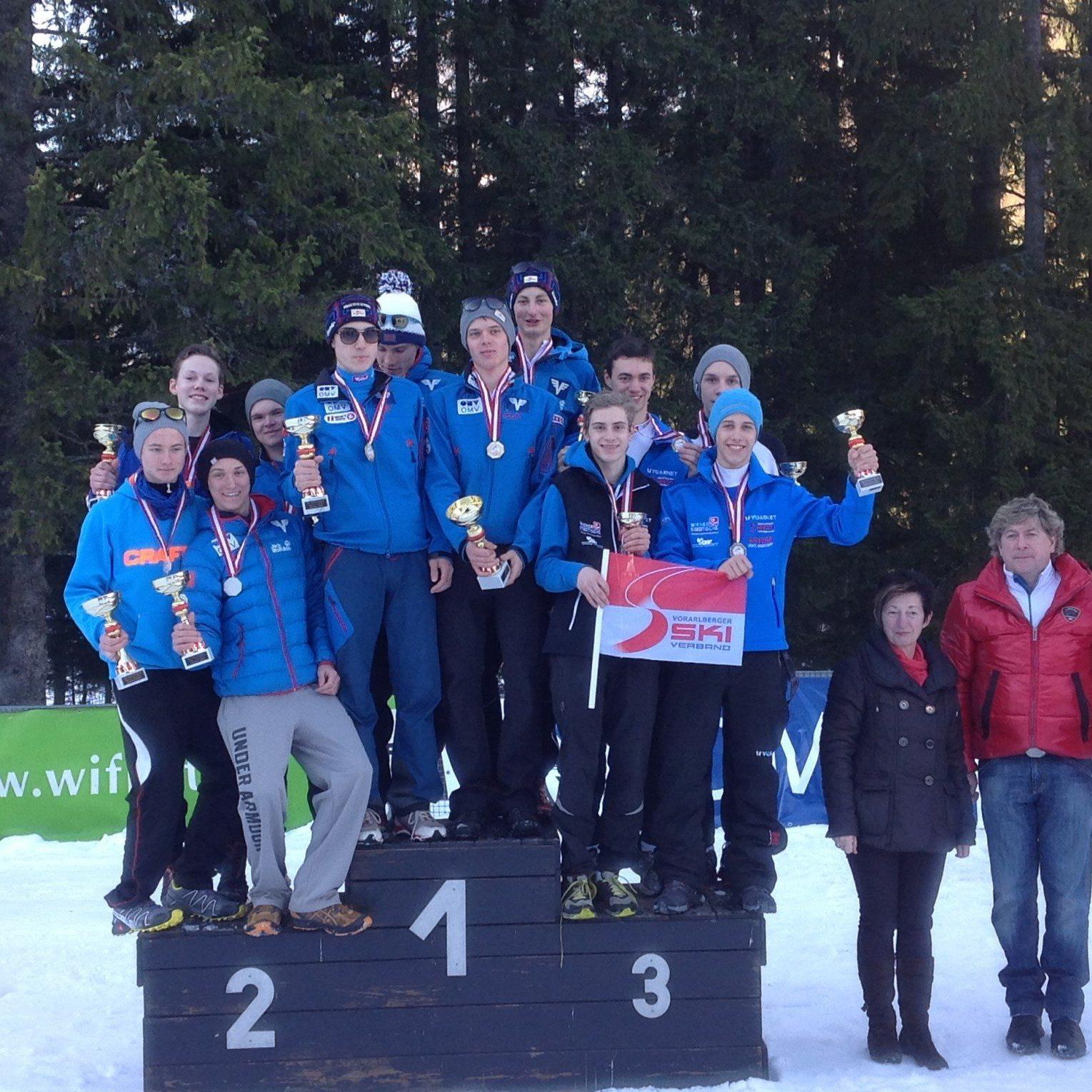 Die vier Vorarlberger Skispringer holten bei den nationalen Titelkämpfen die Bronzemedaille.