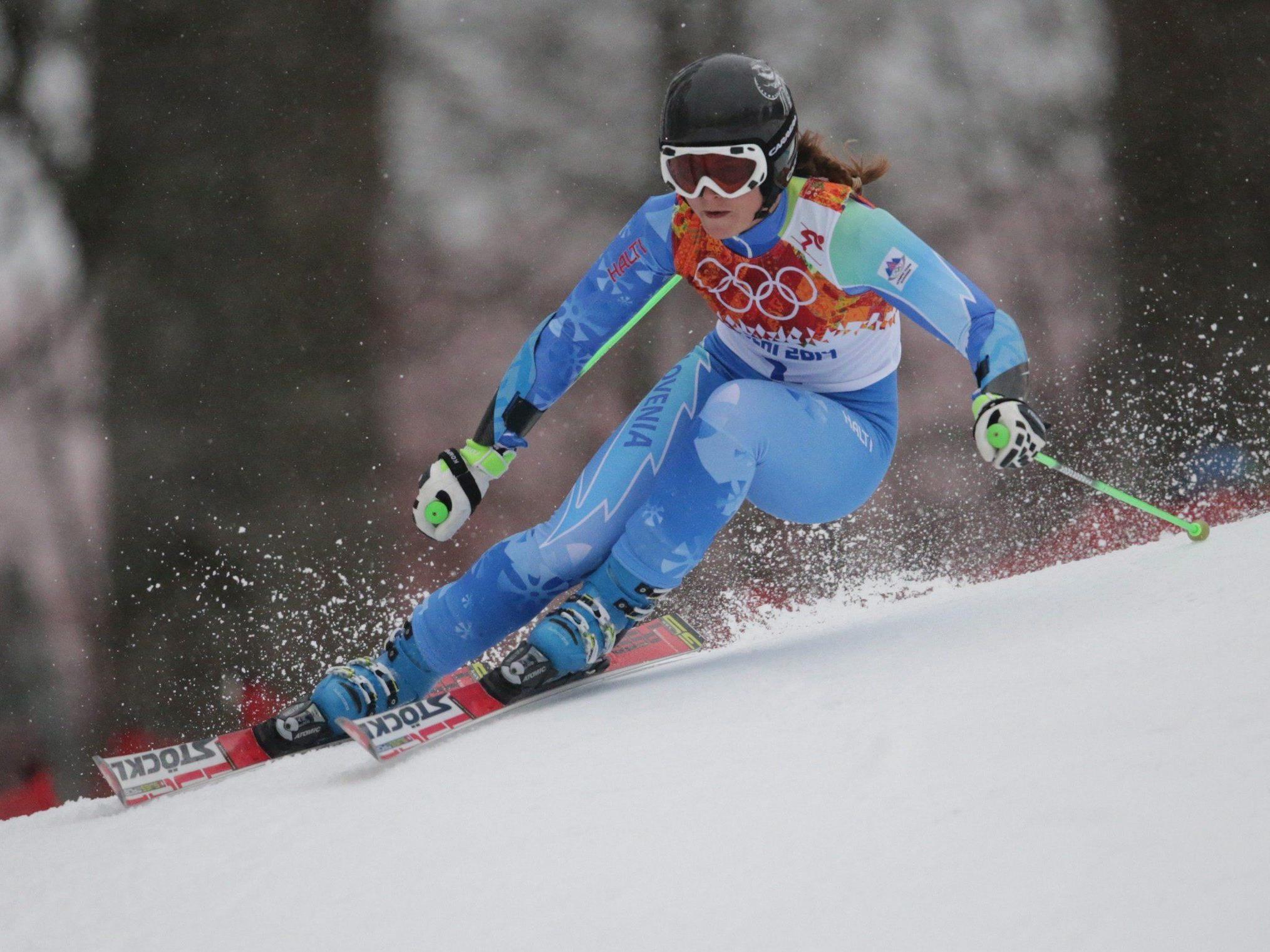 Tina Maze nach erstem Durchgang vorne, Fenninger bei weitem beste Österreicherin als Vierte.