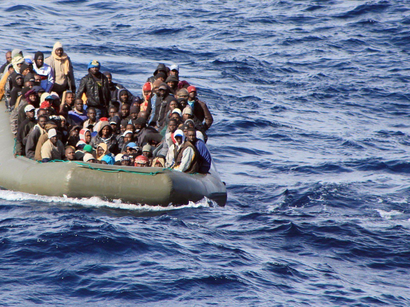 Erst Anfang Februar rettete die italienische Marine 1000 Flüchtlinge vor Lampedusa.