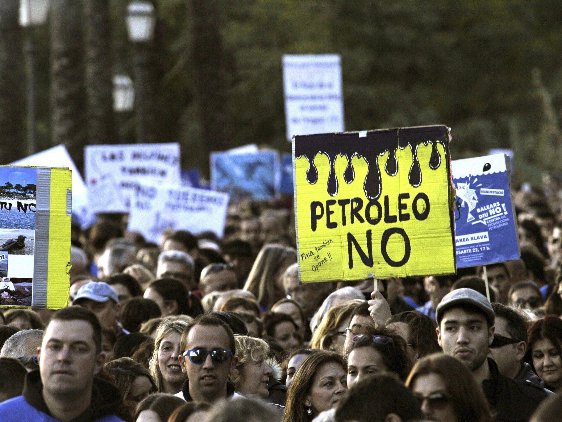 Anti-Öl-Protest.