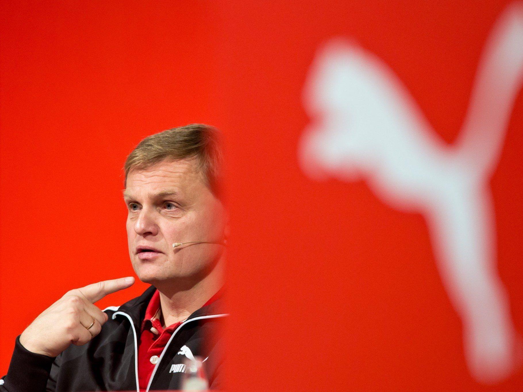 Vorstandsvorsitzender Björn Gulden präsentiert Quartalszahlen des Unternehmens.