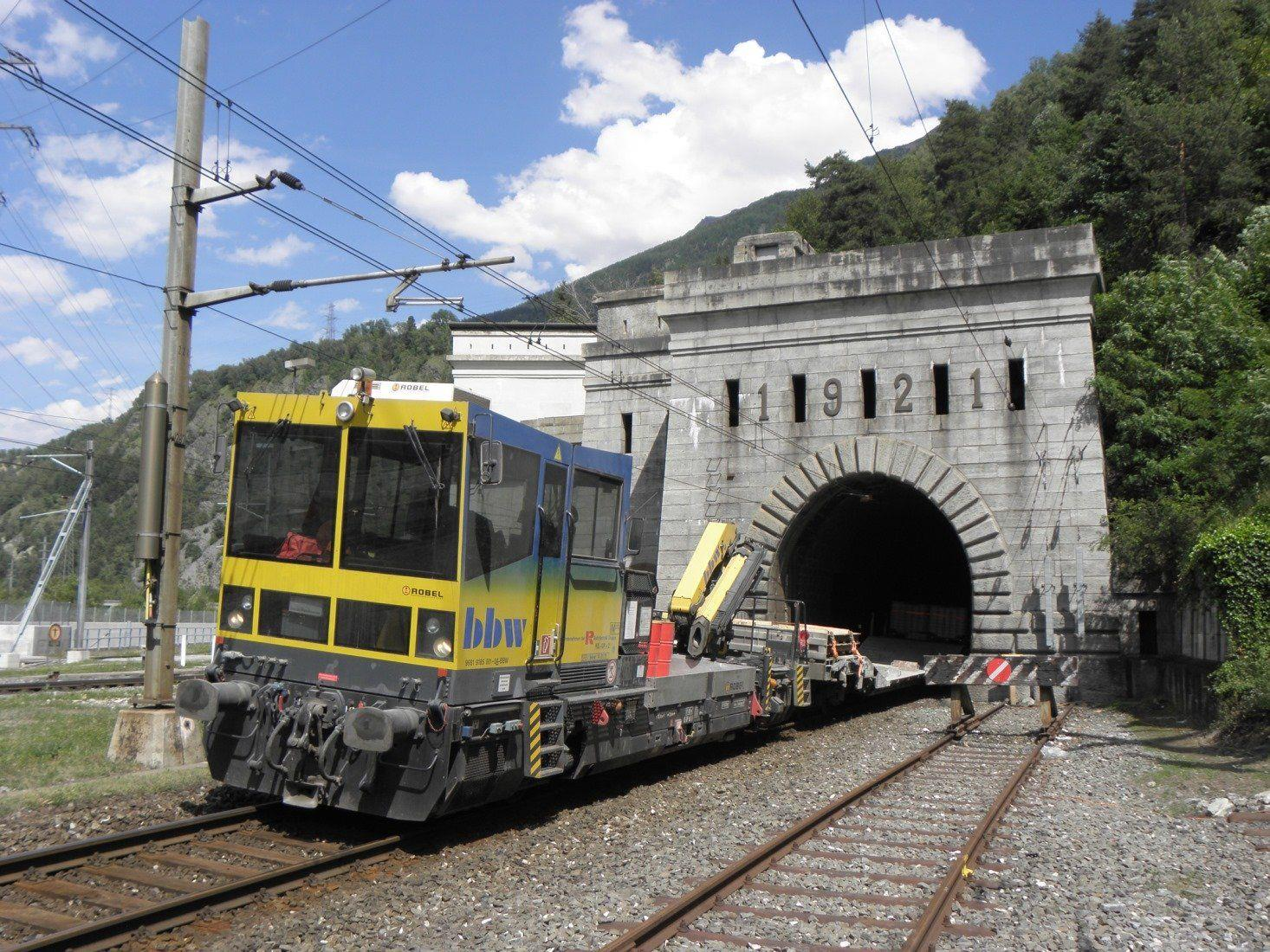 Die Rhomberg Bahntechnik modernisiert die Selbstrettungsmaßnahmen im Simplon-Tunnel