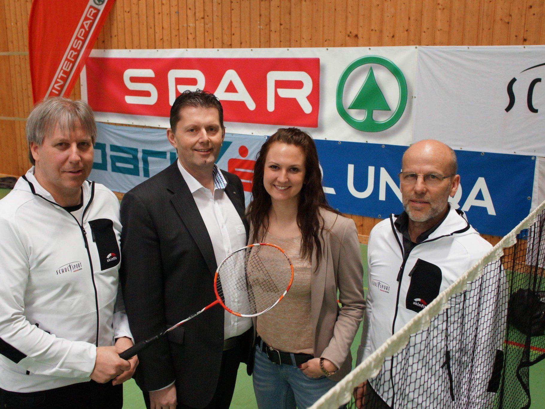 Christoph Neyer, Andreas Mark (Interspar), Judith Bertignoll (Spar) und FI Conny Berchtold.