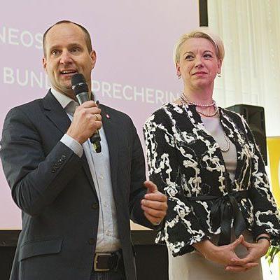 Matthias Strolz (NEOS-Parteivorsitzender) und seine Stellvertreterin Angelika Mlinar sprachen über ihre Pläne