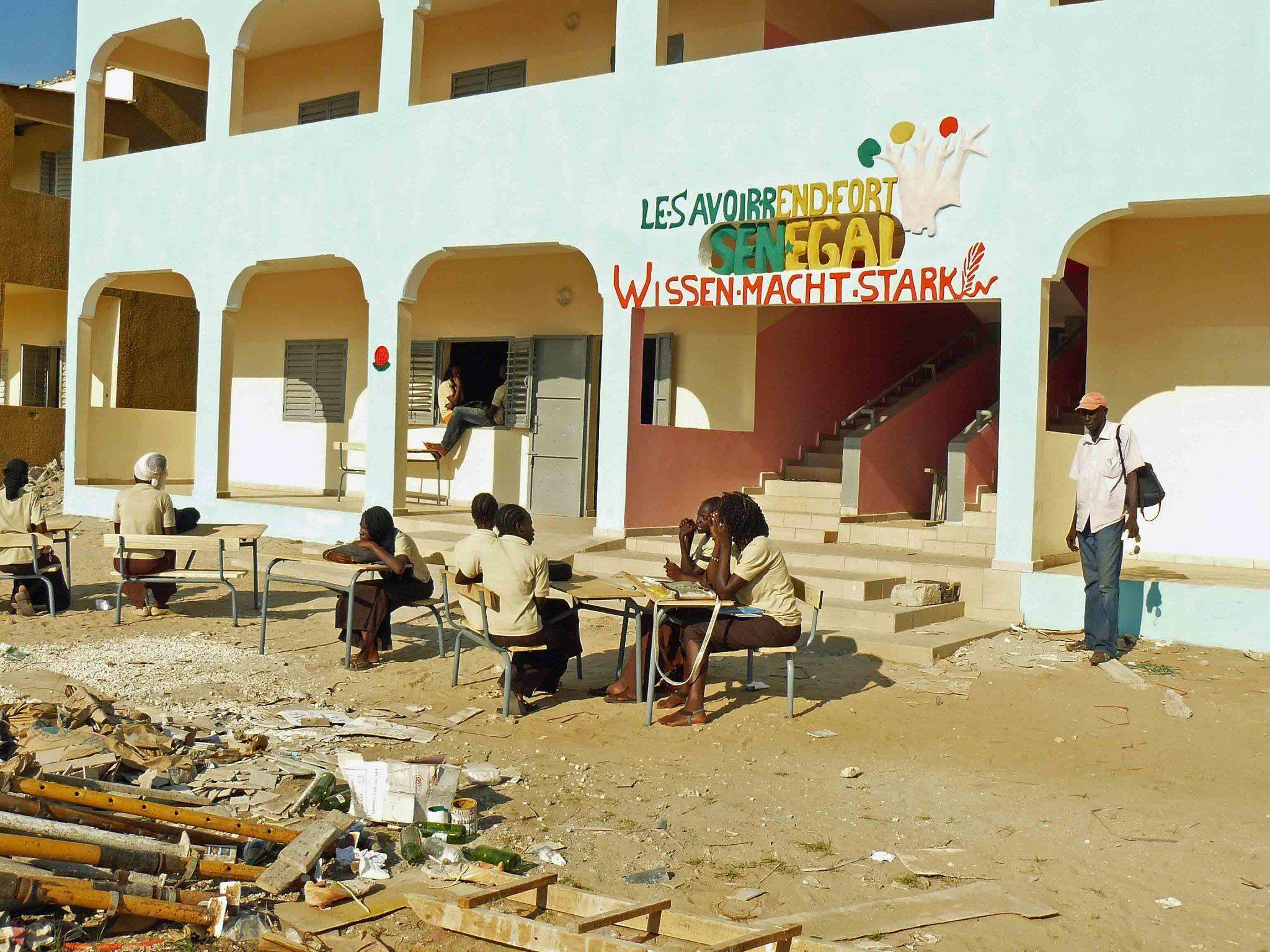 Durch den zweiten Anbau kann das Collège als Lycée weitergeführt werden.