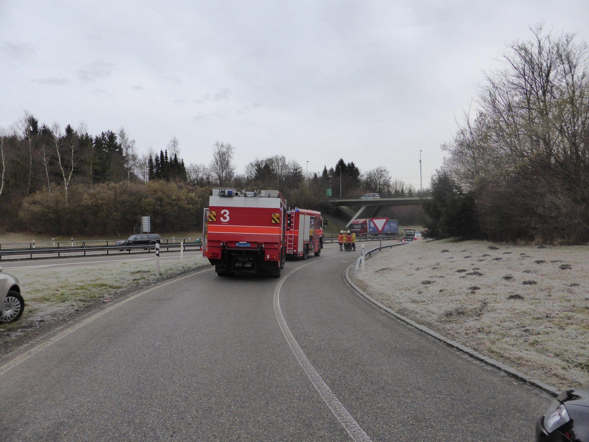 Tödlicher Unfall auf Schweizer A1 - Polizei sucht Zeugen.