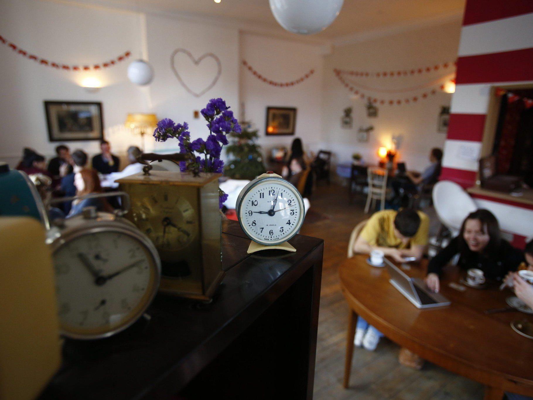 "Das erste ""Ziferblat""-Cafe in London."