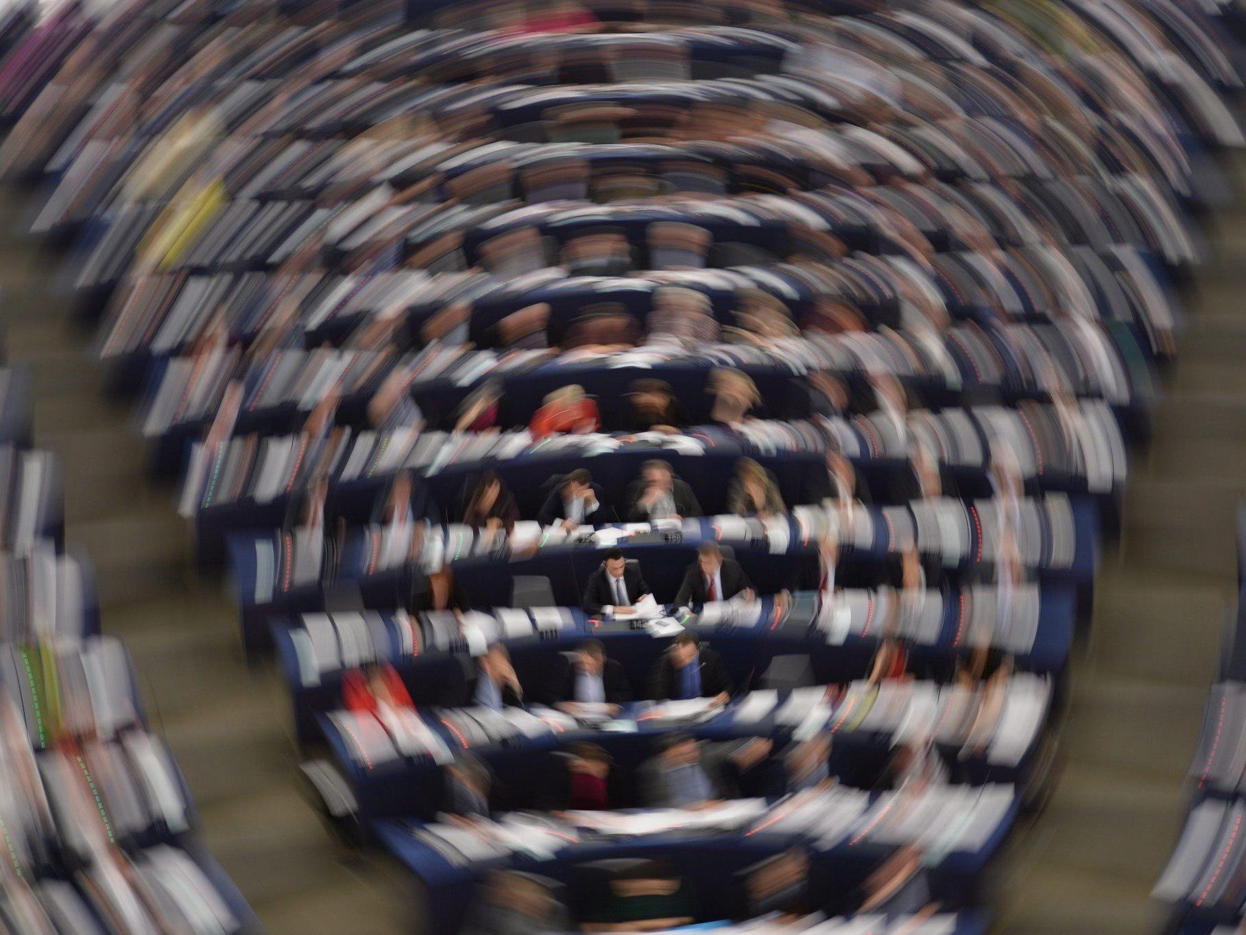 Volksabstimmung über Einwanderungsbegrenzung: EU-Parlament übt heftige Kritik.