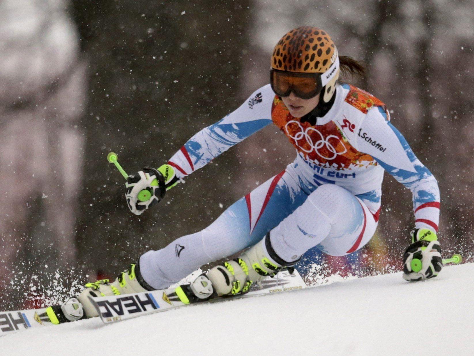 Die Salzburgerin lag nach zwei Läufen in Krasnaja Poljana am Ende nur sieben hundertstel Sekunden hinter Siegerin Tina Maze.