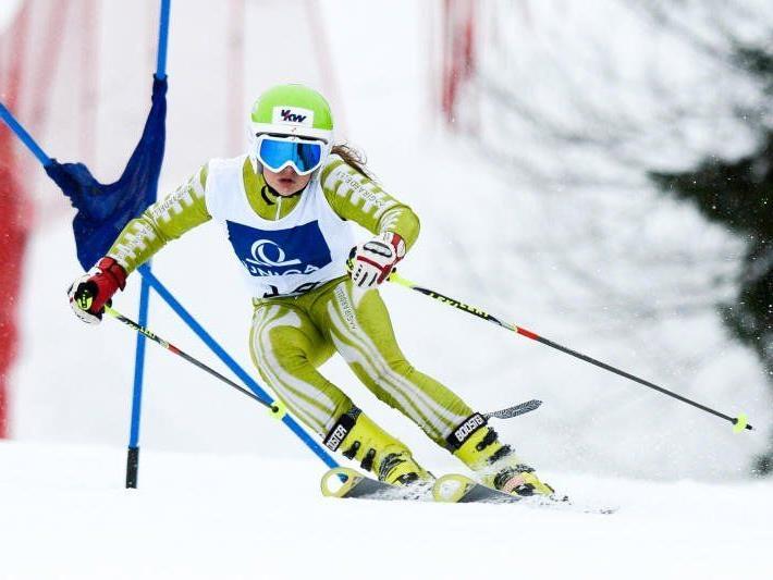 Die Dornbirnerin Sophia Busch ist bei den FIS Rennen in Riefensberg mit von der Partie.