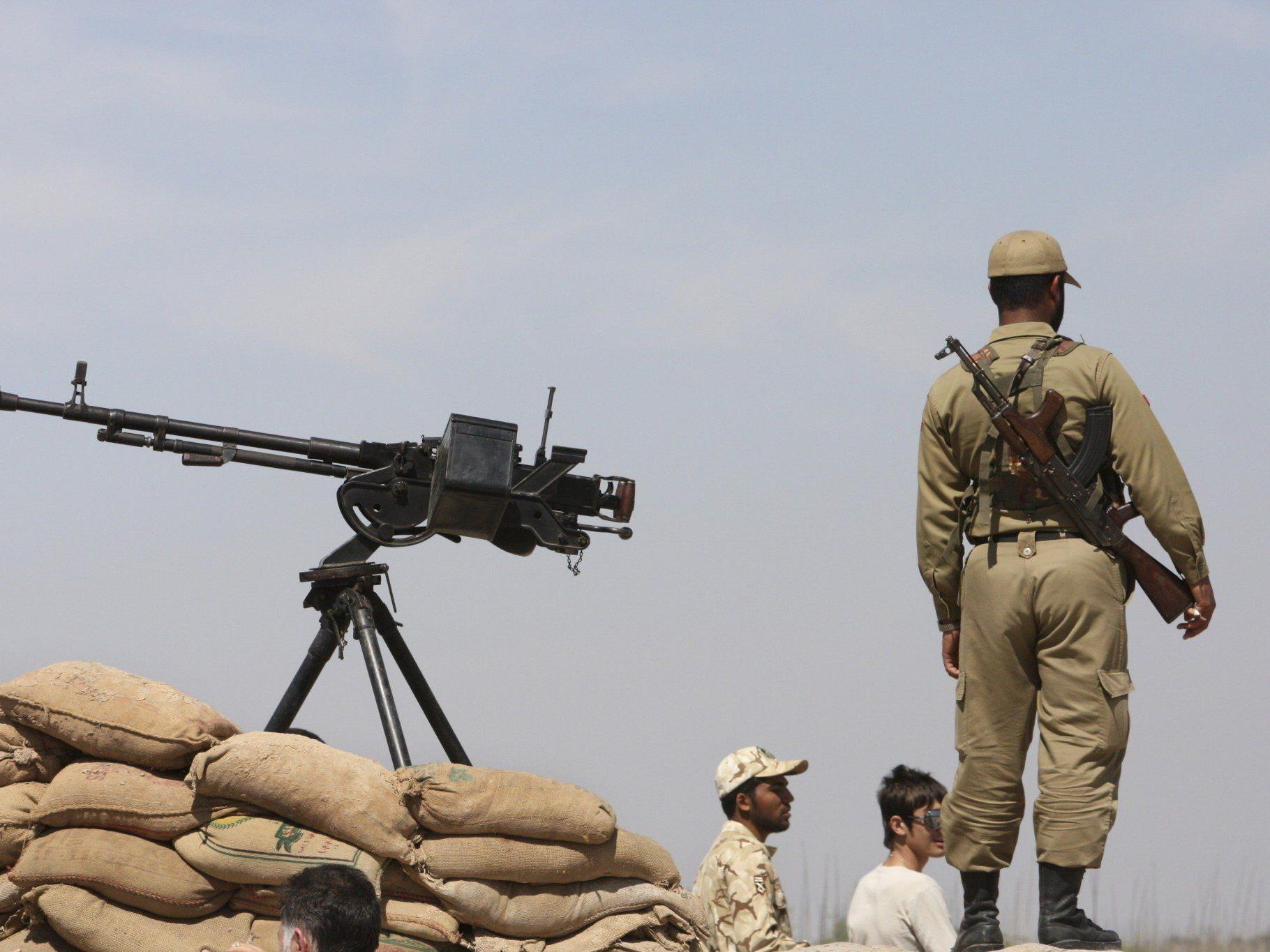 """""""Iranische Truppen haben keine Befugnis, unsere Grenzen zu überschreiten""""."""