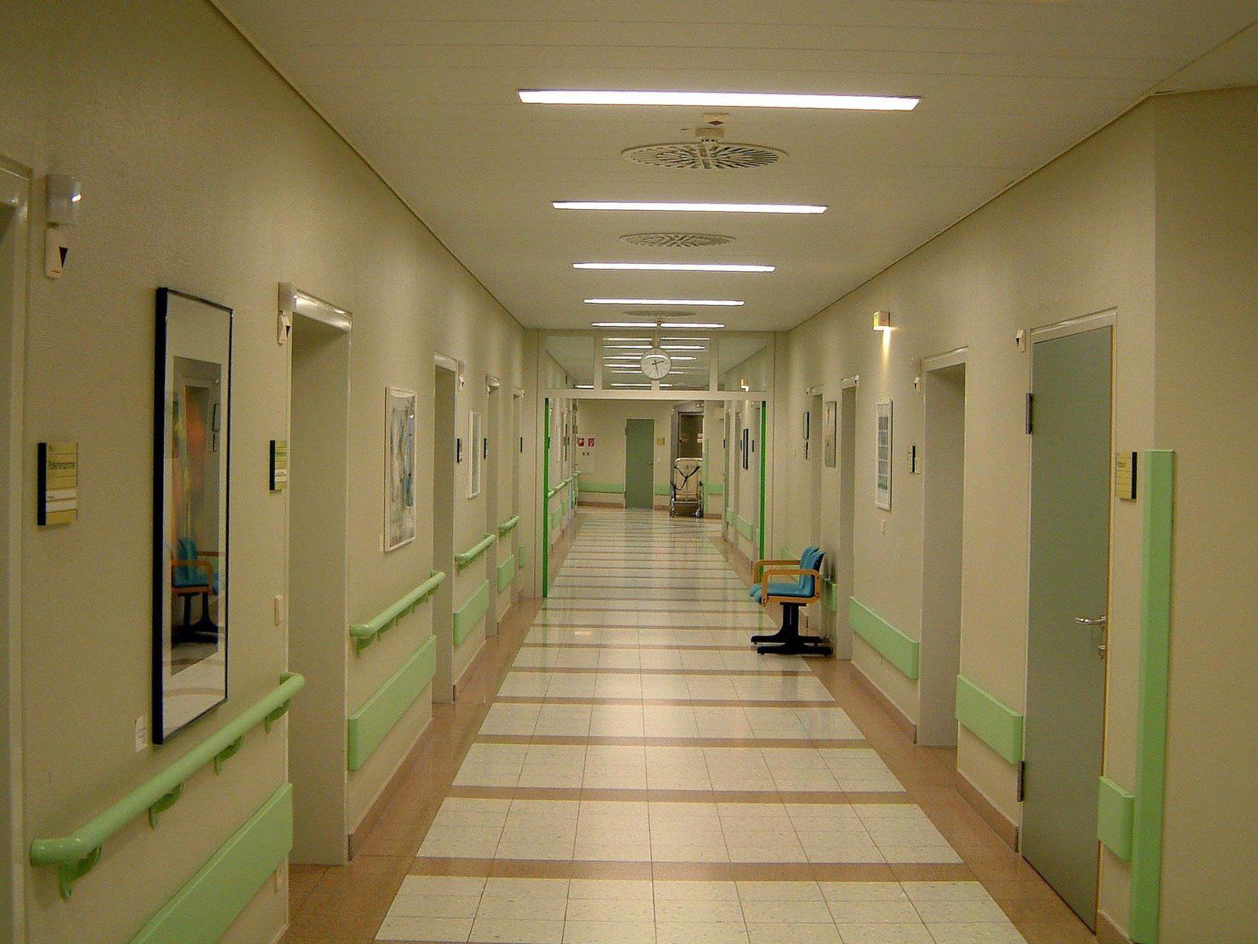 Kühlmöglichkeiten zu knapp: Lebensmittelvergiftung im Krankenhaus.