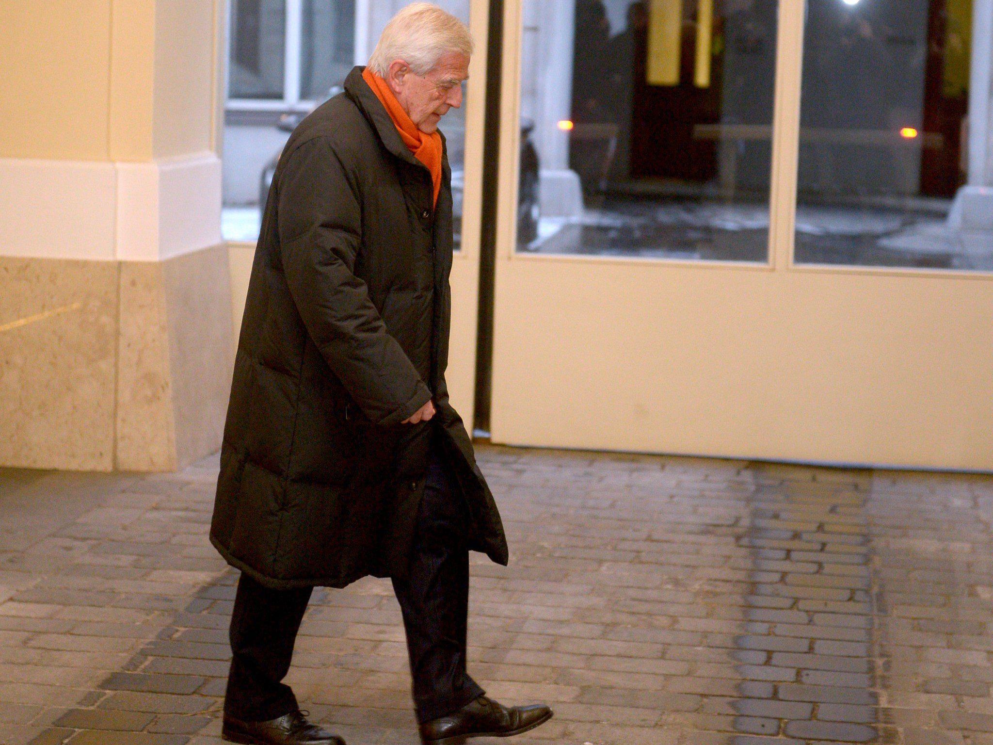 Klaus Liebscher wirft in Sachen Hypo Alpe Adria das Handtuch.