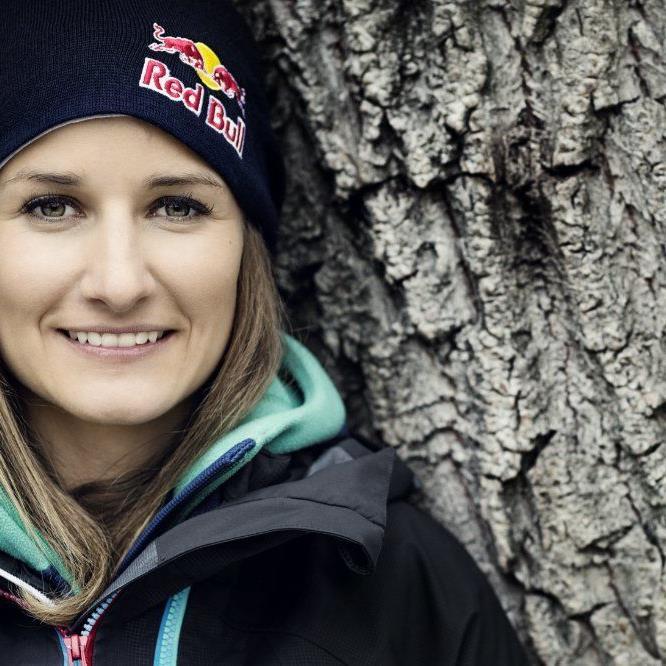 Weltmeisterin Nadine Wallner feierte in Fieberbrunn den ersten Saisonsieg.