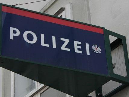 Die Polizei sucht nach den Hintermännern der Bande.