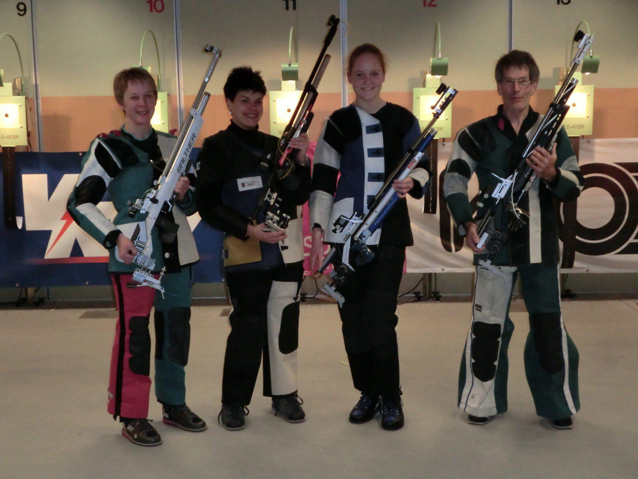 Im Bild v.l.n.r. Waltraud Metzler, Katja Rüscher, Bianca Egender, Josef Lang