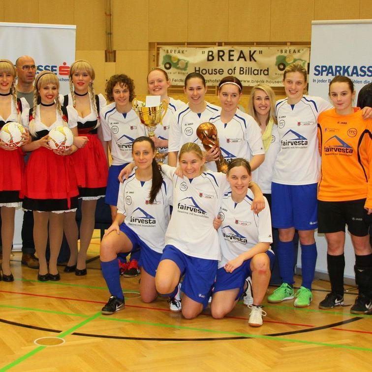 Ohne Niederlage holte sich der FFC Vorderland verdientermaßen den ersten Masterstitel im Hallenfußball der Frauen.