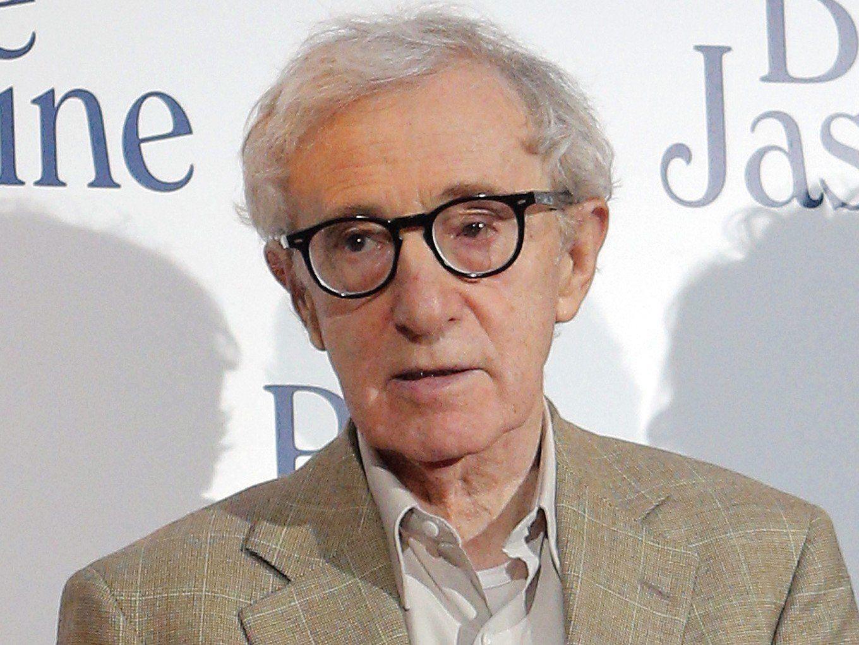 78-jähriger Starregisseur Woody Allen weist Missbrauchsvorwürfe seiner Adoptivtochter zurück.