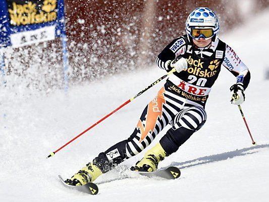 Poutiainen hängt die Skischuhe an den Nagel