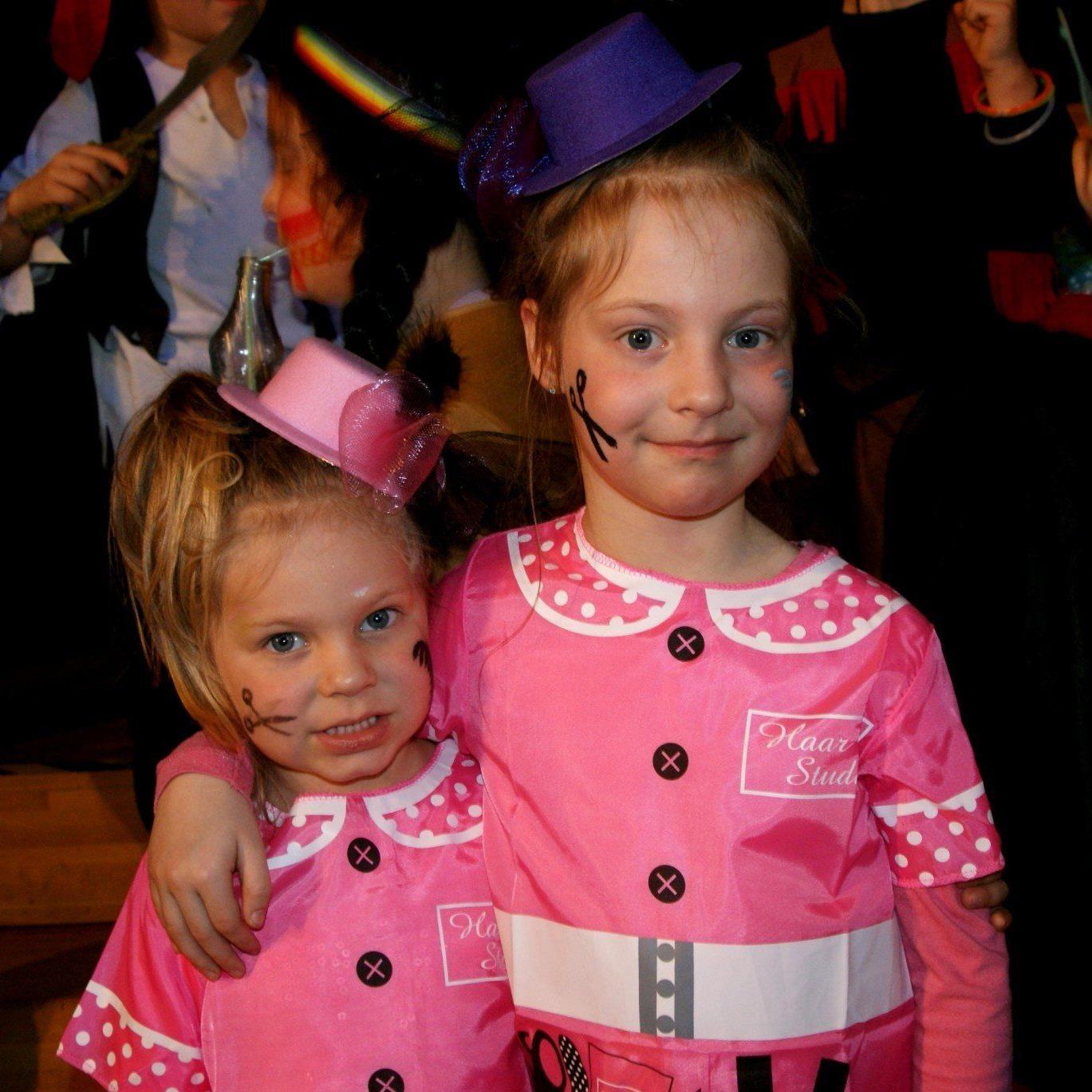 Ronja und Pia ganz in Pink!