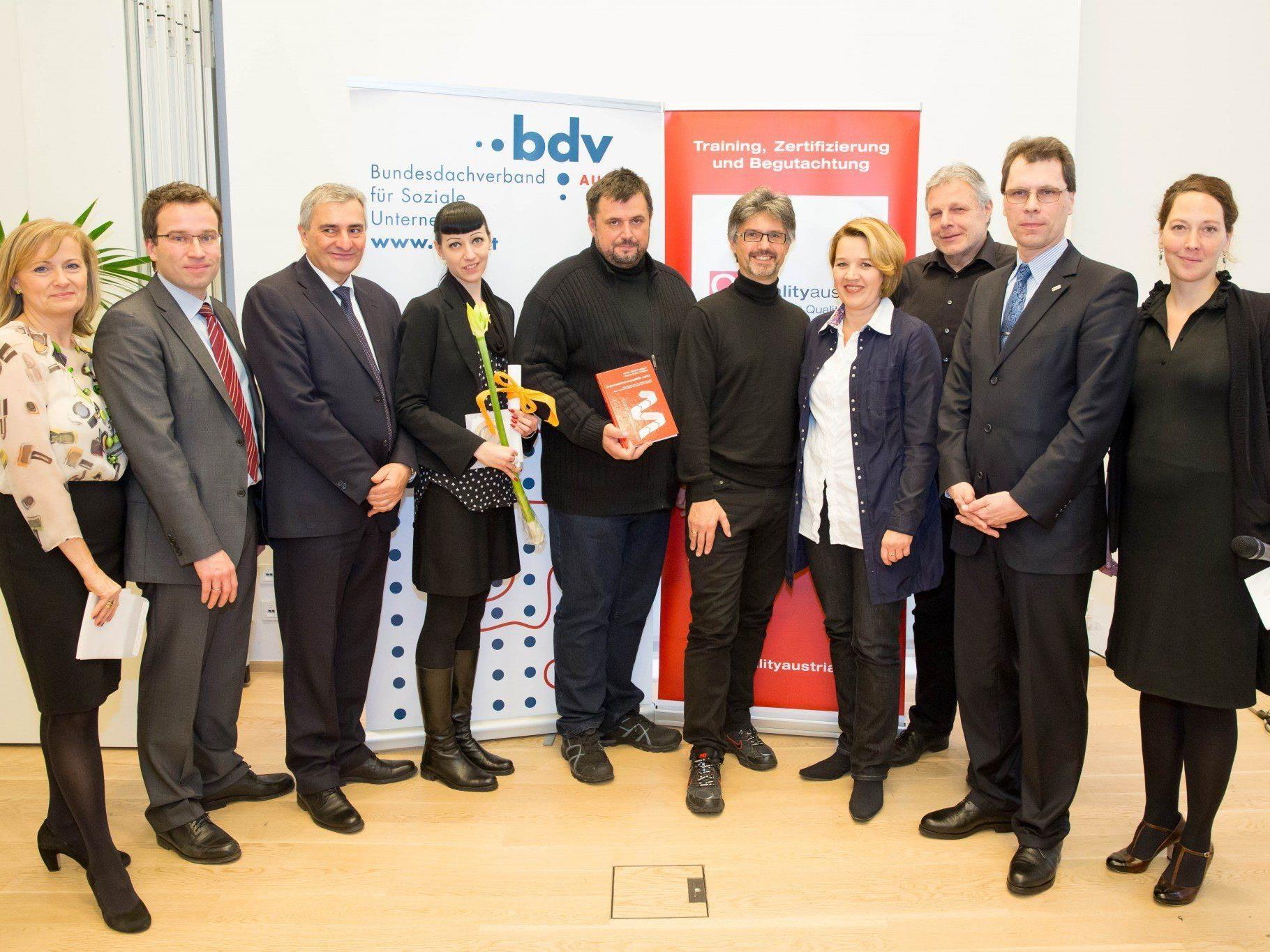 """Die Dornbirner Jugendwerkstätten (DJW) wurden 2013 mit dem """"Gütesiegel für Soziale Unternehmen"""" ausgezeichnet."""