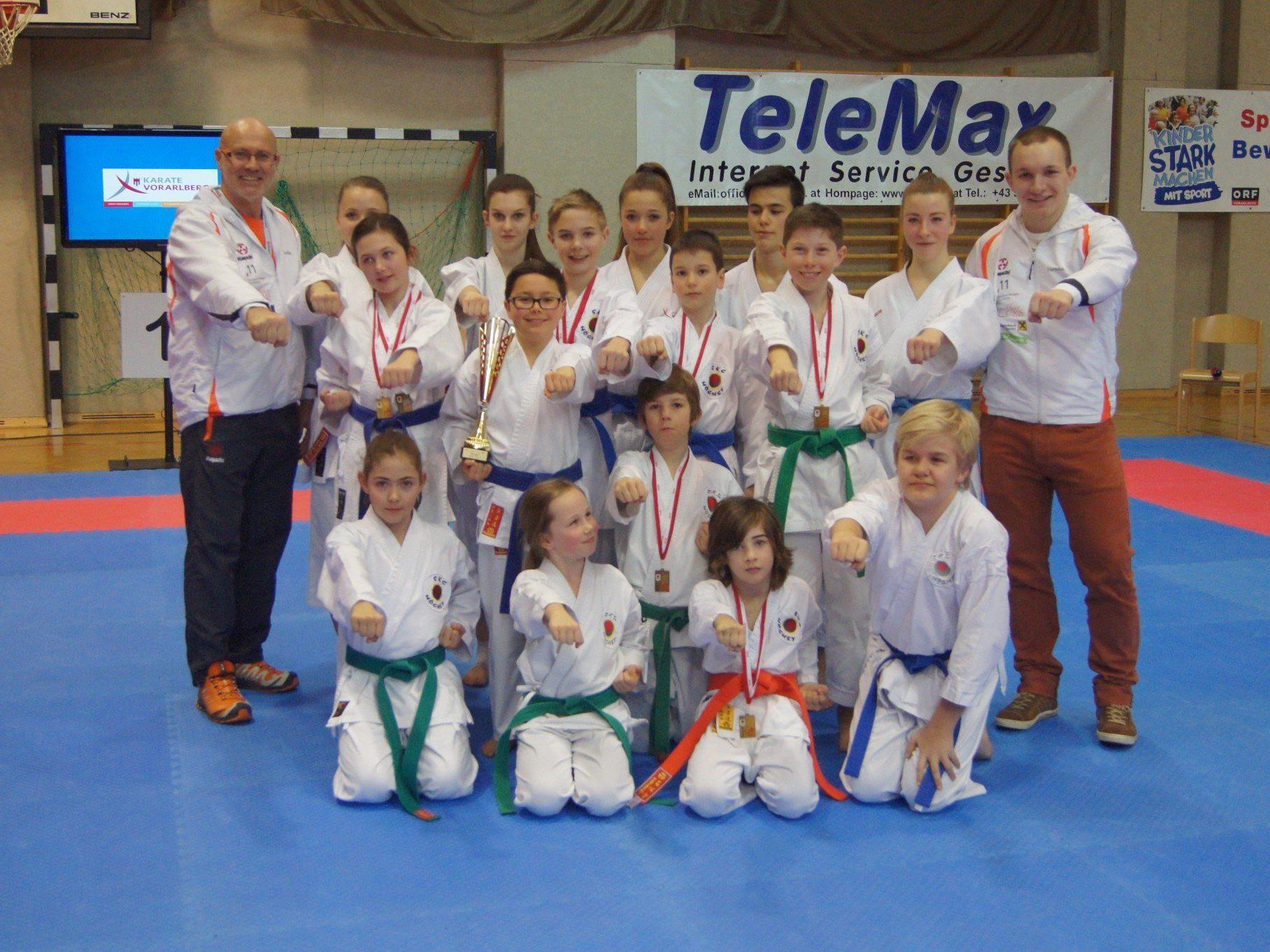 Die erfolgreichen Höchster Karatekas