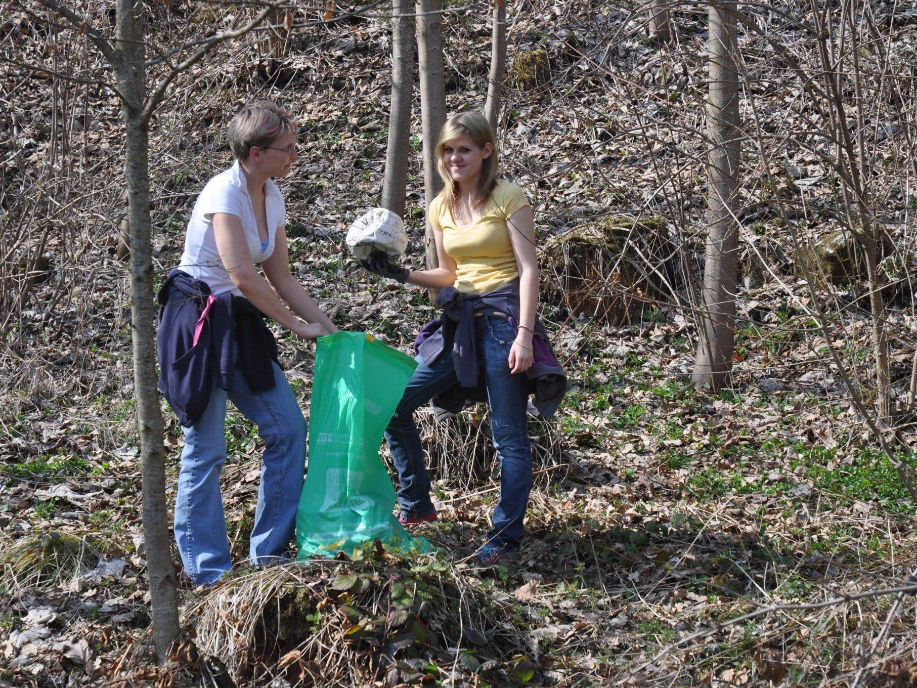 Große Flur und Landschaftsreinigung in den Vorderlandgemeinden. Alle helfen mit im Sinne einer sauberen Gemeinde.