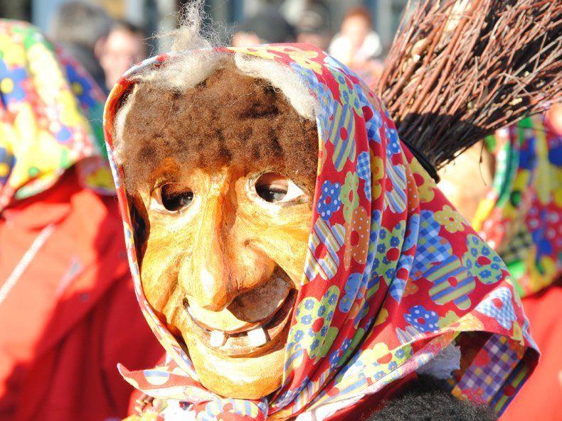Auch die Gantschierner Hexen werden beim Häxa Fäscht den Kirchplatz Schruns unsicher machen