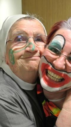 Auch die Kreuzschwestern und Bewohner des Antoniushauses hatten große Freude an der Darbietung