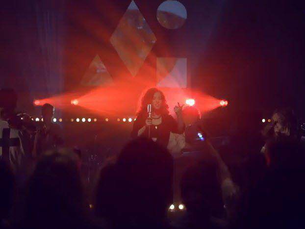 """Clean Bandit featuring Jess Glynne mit """"Rather Be"""""""