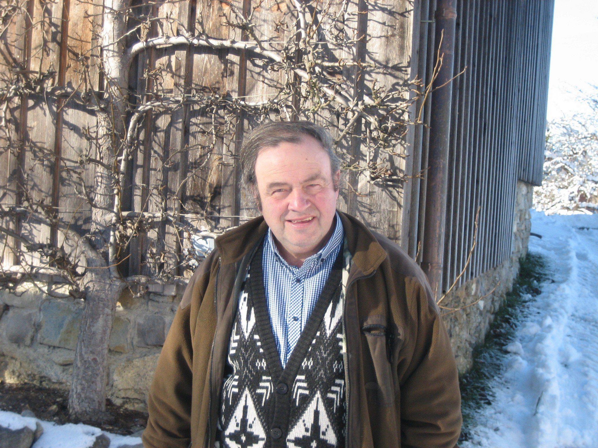 Hugo Waldner beim Dorfgespräch im Bahnhof Andelsbuch.