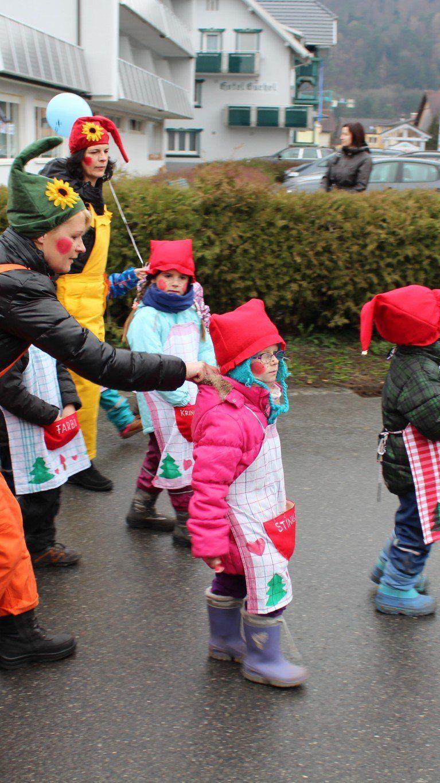Kinder hatten großen Spaß am Umzug.