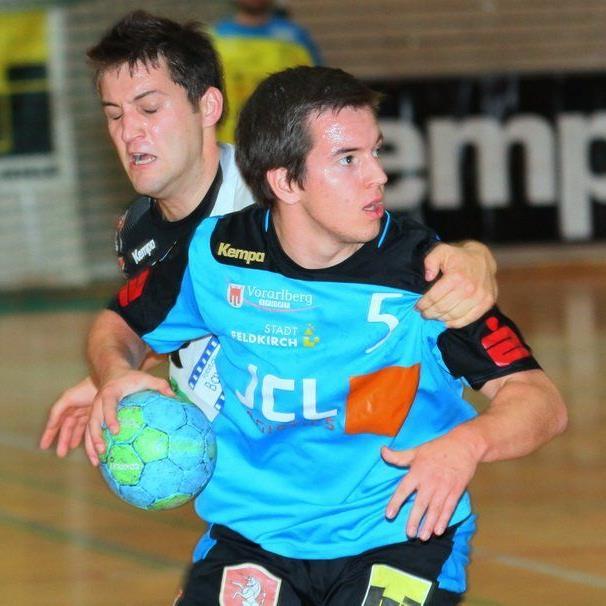 Feldkirchs Handballer überzeugten im Heimspiel gegen den Meister und siegten verdient.