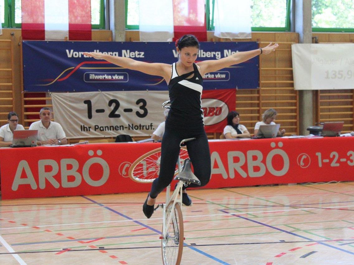 Am Samstag folgt die 1. Runde im Kunstradcup in Röthis.