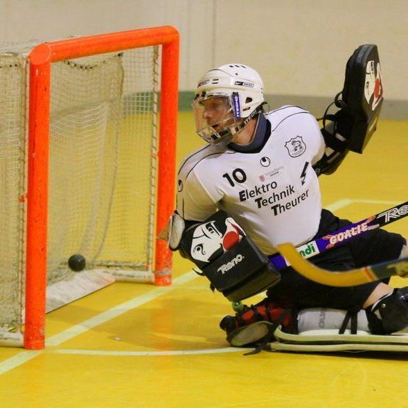 Der RHC Dornbirn-Goalie hofft seinen Kasten rein zu halten und auf ein Wunder.