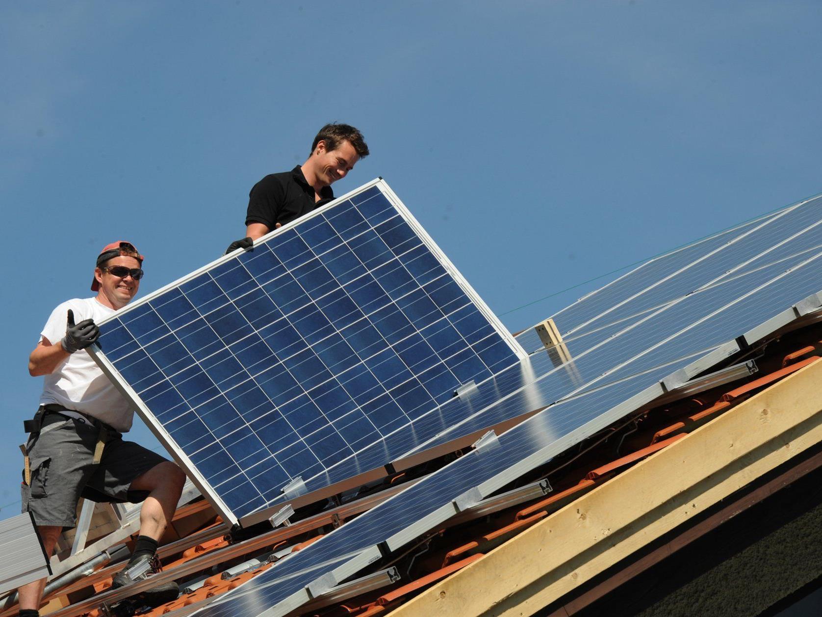 Die Photovoltaik-Aktion in der Vorderland-Gemeinden: Bis Ende Mai 2014 können hochwertige Photovoltaik-Anlagen zum attraktiven Fixpreis bestellt werden.