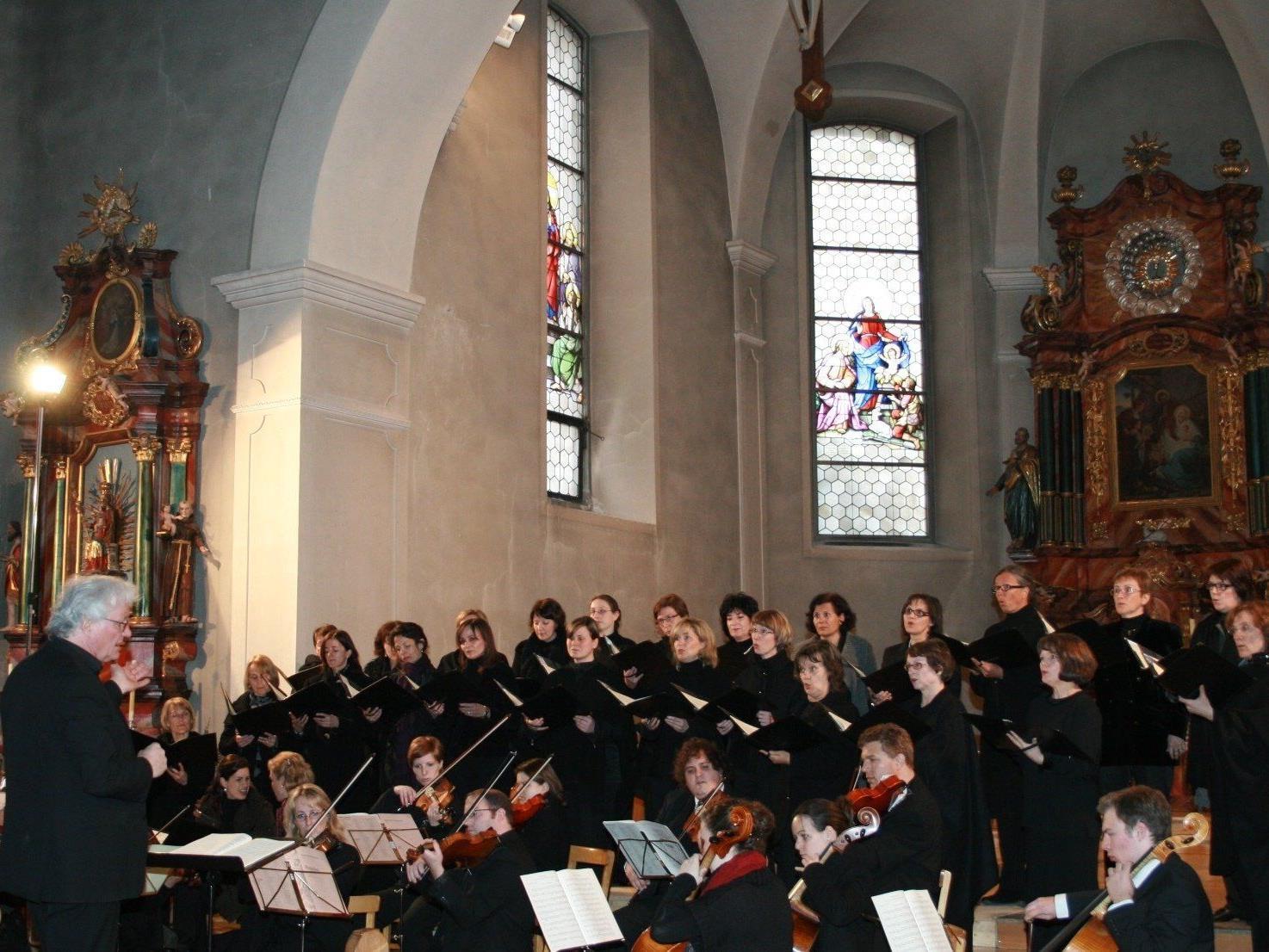 Guntram Simma und das Collegium Instrumentale laden zum Konzert in die Wallfahrtskirche.