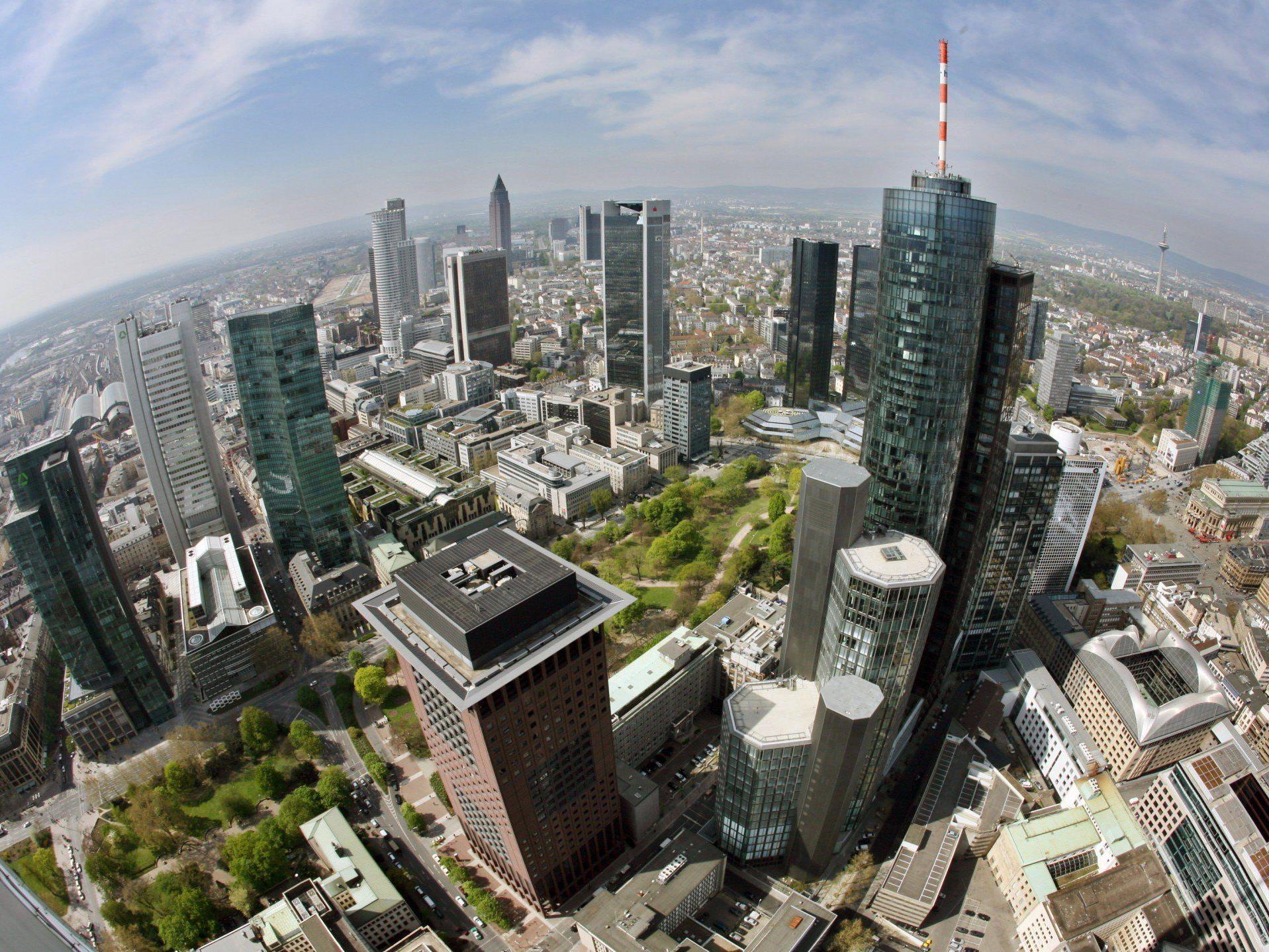 Bankenunion: Bankenaufsicht, Bankenabwicklung und Einlagensicherung - die drei Pfeiler der Bankenaufsicht.