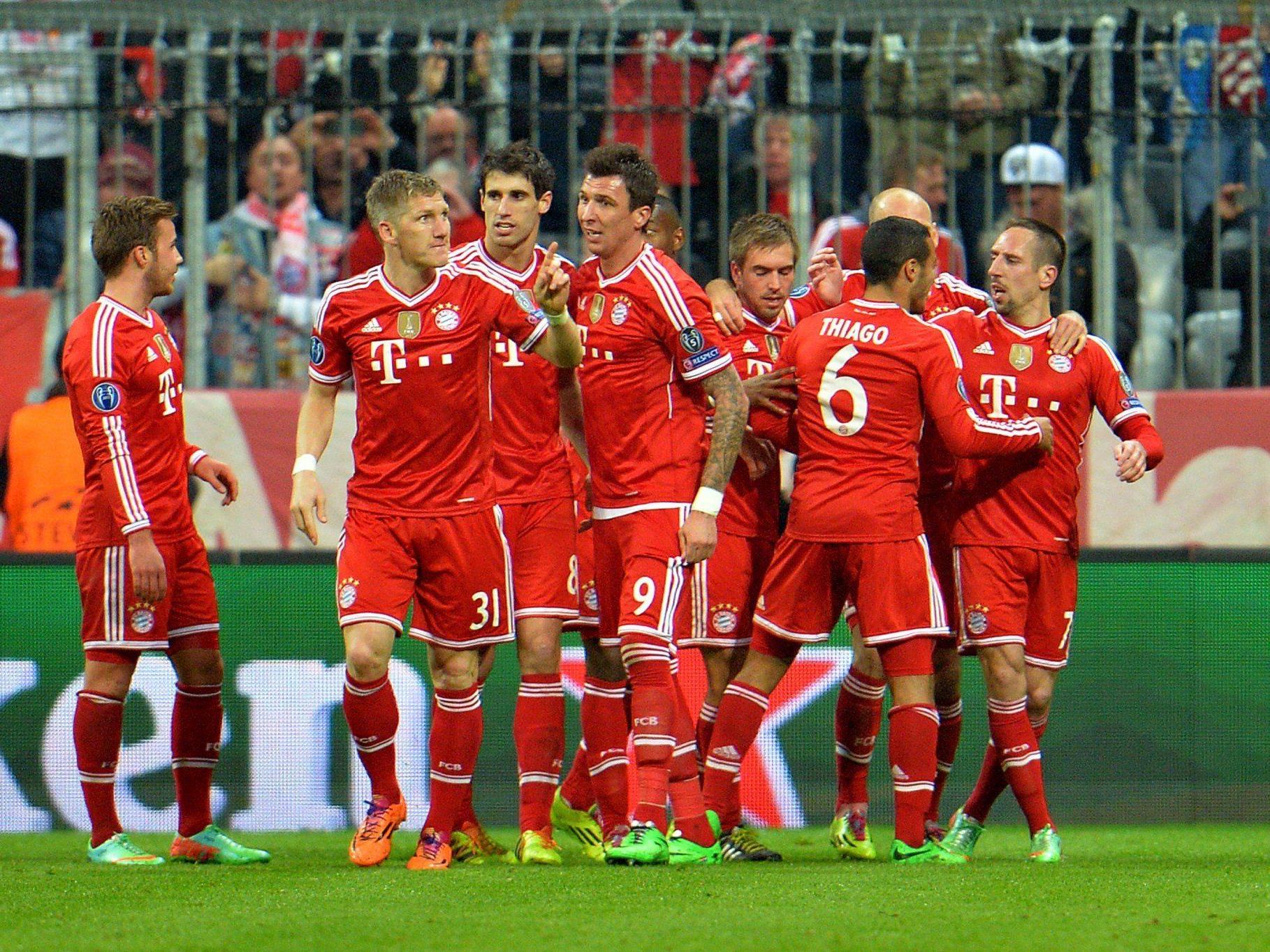 Bayern München zog mit dem 1:1 im Rückspiel (Hinspiel 2:0) souverän ins Viertelfinale ein.