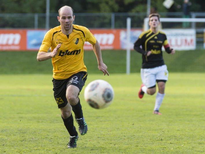 Mathias Mayer schoss beim 1:0-Heimsieg der Höchster gegen St. Johann das Goldtor.