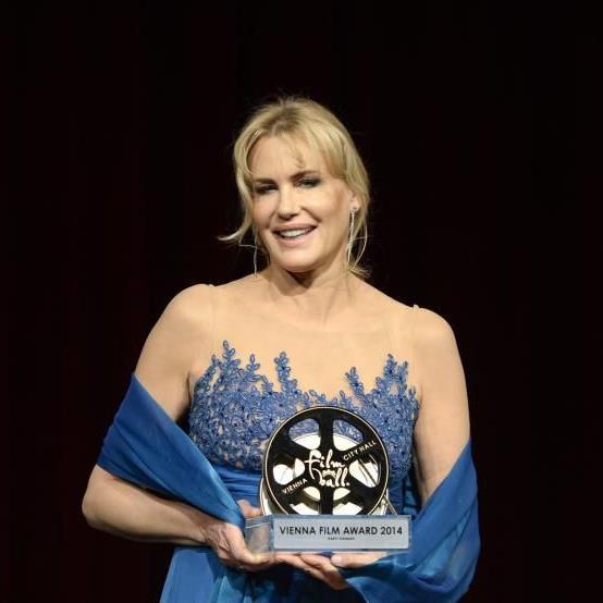 """Den Stars wurde der """"Film Ball Award"""" verliehen."""